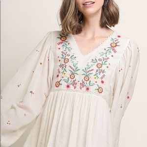 ⭐️NEW⭐️Wildflower Embroidered Babydoll Dress Ivory